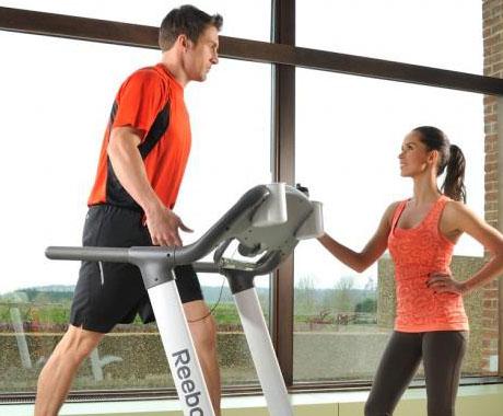 一般跑步机能承重多少?
